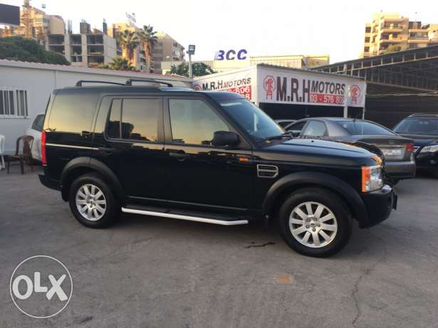 Land Rover LR3 V8 SE 2005 Black/Black in Excellent Condition! بوشرية -  3