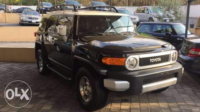 Toyota FJ Cruiser model 2010