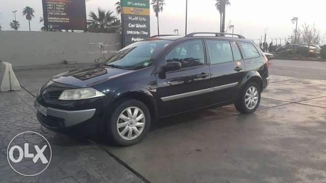 Go everywhere with Renault Megane 2007 station full option perfect