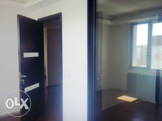 90 sqm Office for sale in Ashrafieh 6th floor 350,000$