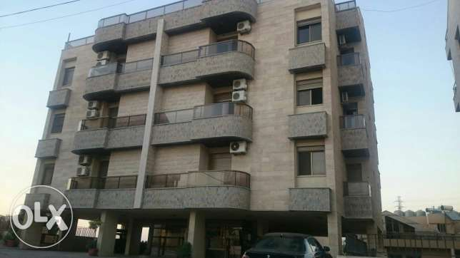 Aoukar, Furnished appartment in Awkar with sea and mountain view المتن -  2