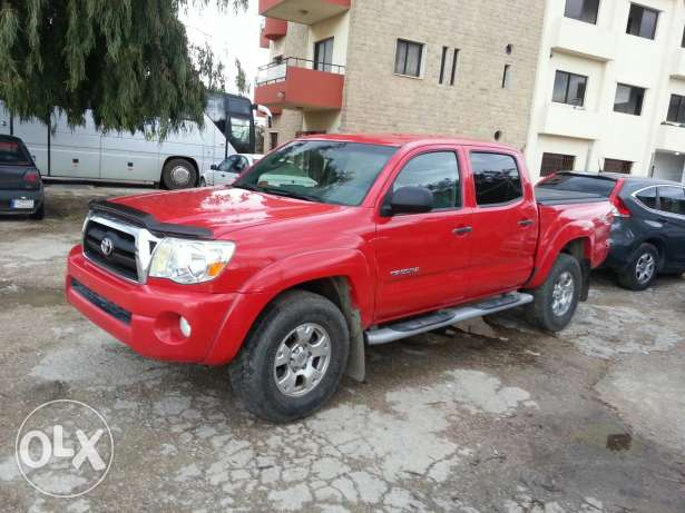 Toyota tacoma 4 / 4 OF rood brand new full options