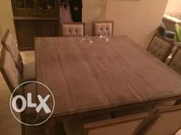 oak table + 8chairs