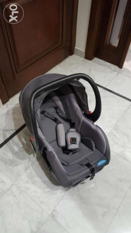 car seat 0 to 13kg like new used few times