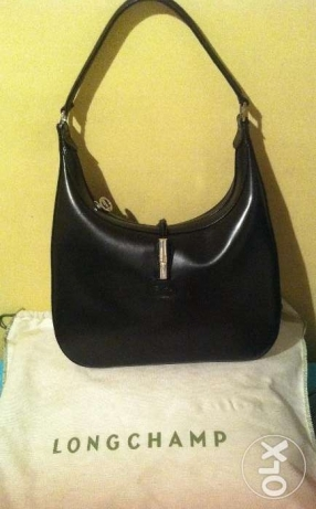 Authentic LONGCHAMP handbag- Leather - Black