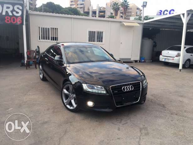 Audi A5 2009 Black 3.2 Liter V6 Top of the Line!