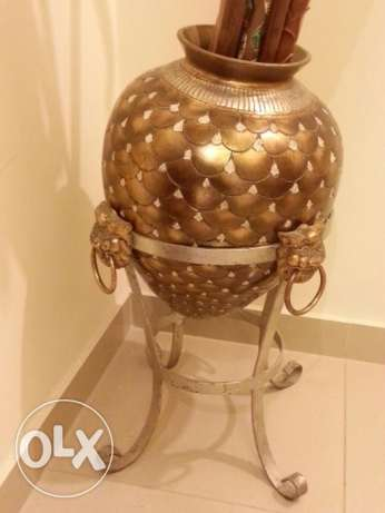 Golden Vase with stand