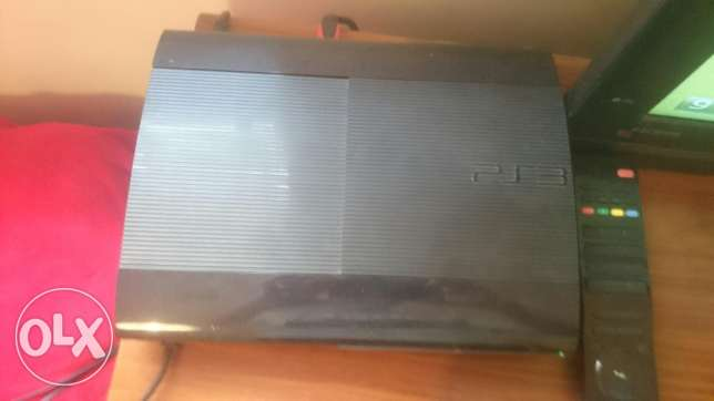 PS3 with 8cds