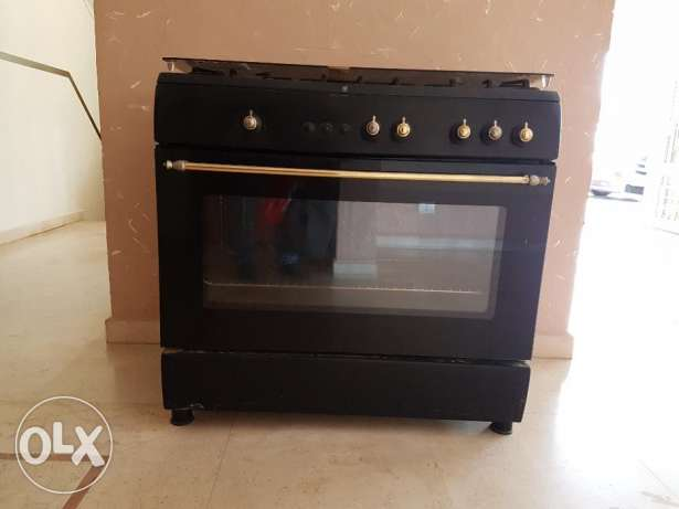 90-cm oven--good condition