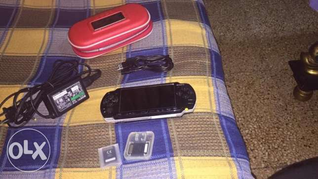 psp with3 memory cards
