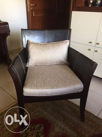 one armchair for sale بيت الشعار -  1