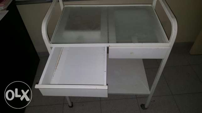 Movable Mobile table (with drawers)