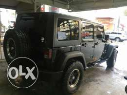 Jeep wrangler 2007 verry clean price negotiable