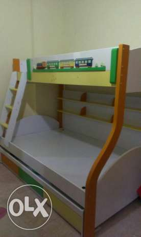 kids Bed 3 in one. + 2 mattres