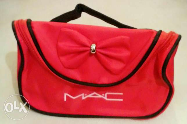 MAC makeup bag المرفأ -  4