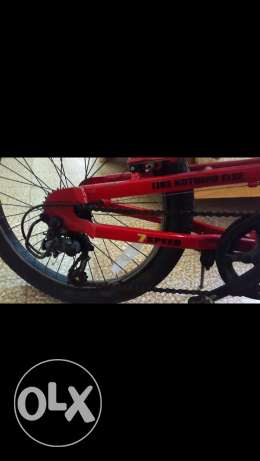 REd hummer bike's with 7 speed