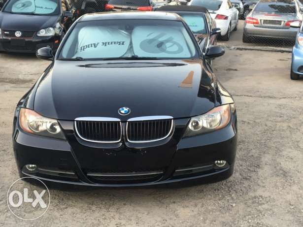 BMW 328 clean carfax black on black (2008)