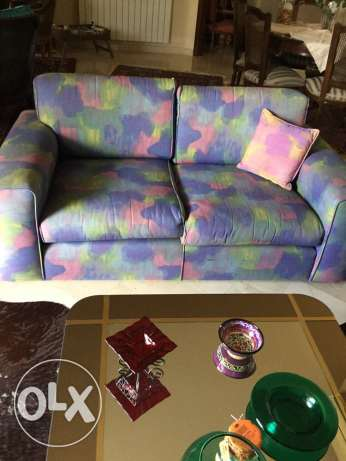 2 sofas 2 seats and 3