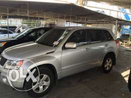 Suzuki Grand Vitara 4 wheel drive ajnabe full option new tires...
