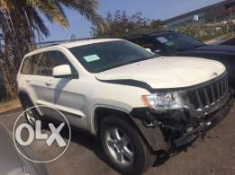 Jeep Grand Cherokee 2012 white/beige interior