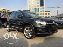 Stunning! VW Tiguan R Line 2013 Black/Black Top of the Line!