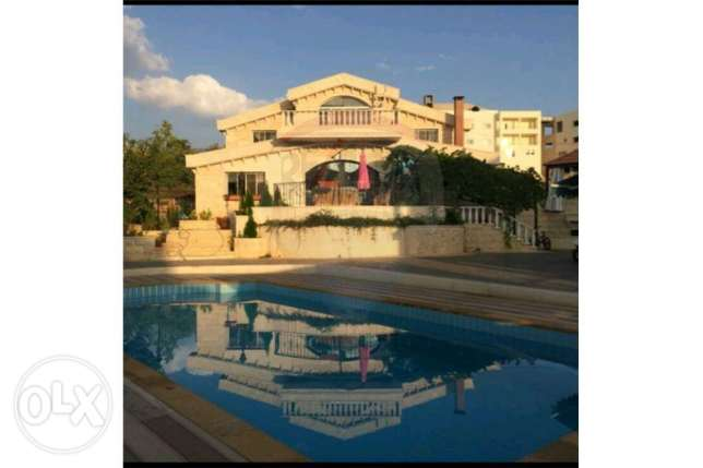 Villa for sale in Batloun- Al Chouf