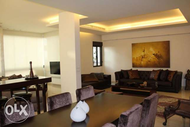 Sea View Convenient for residential or Office