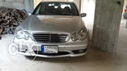 Mercedes C 230 kompressor 2005 silver & black 4 cylindre ful option