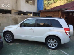 2010 Suzuki Grand Vitara Ltd fully loaded for sale