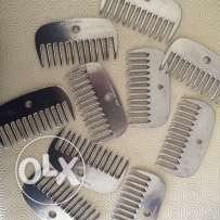 horse combs