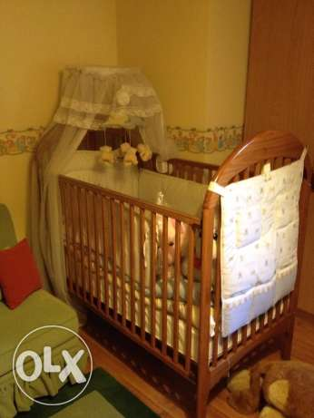 baby bed and accessories