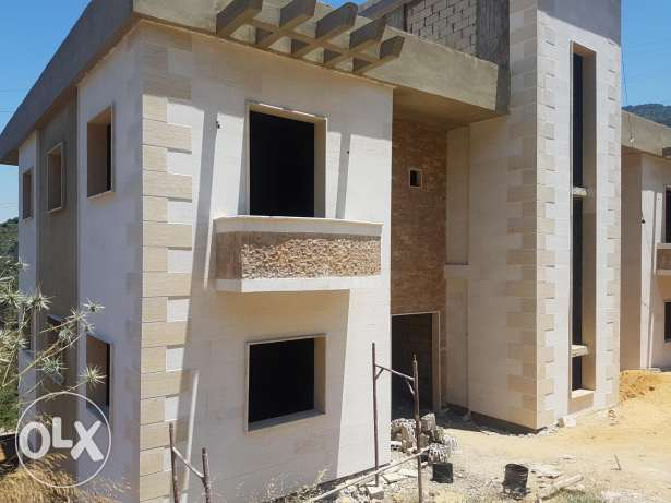 Super Deluxe Project Under-Construction Located in Aramoun moonsi