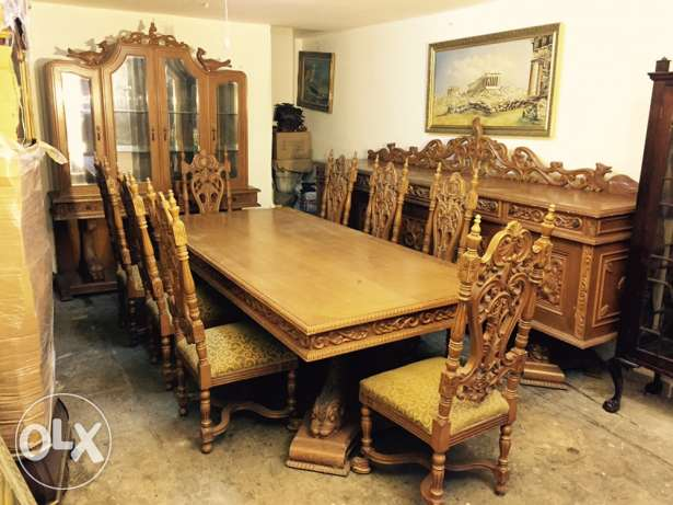 dining room table 8 chairs and buffet غرفه سفره مع بوفيه وڤاترين