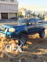 2003 Nissan Frontier extra cab 6 cyl vitess 4x4 over 30 lights