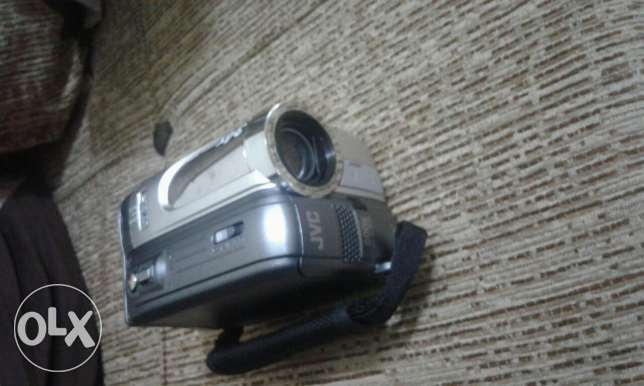 camera jvc maksura chechta bi 50 $ bass