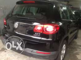 Tiguan 2010 black black loaded