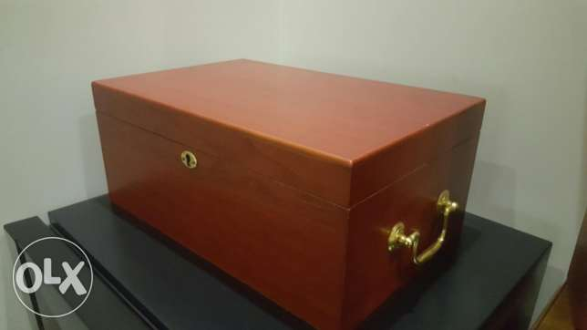 Humidor original cherry wood