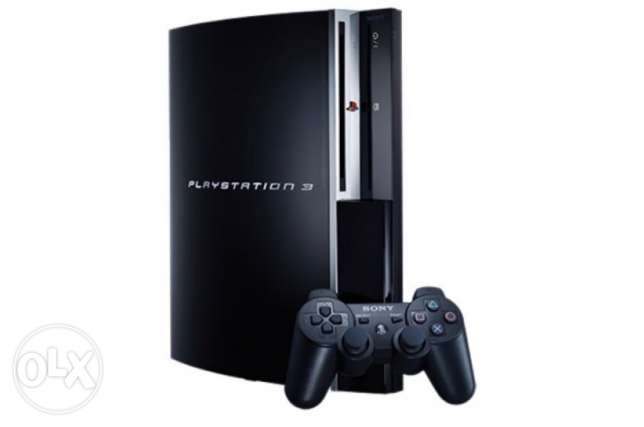 Playstation 3 with 8 games, camera and 6 buzz controllers كسروان -  1