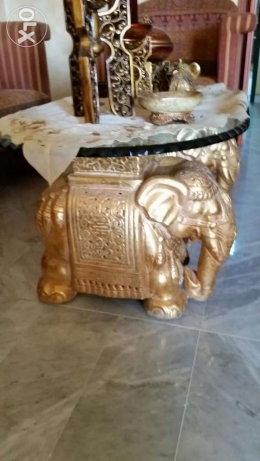 Elephent very good guality sitting room +tow elephant glass table 2 cm