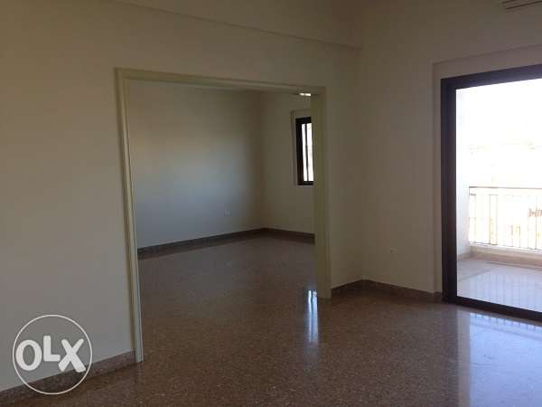 AMK173,Apartment for rent in Mar Mekhael, 200sqm, 5th Floor