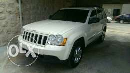 Clean carfax Grand cherokee 2010