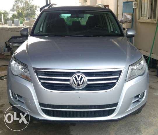 Tiguan 2009 panoramic 4x4 silver on black full options for sale