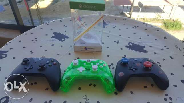 Xbox one controllers خلدة -  1