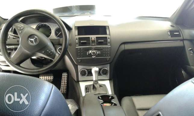 for sale c300 model 2009 majdal selem بنت جبيل -  4