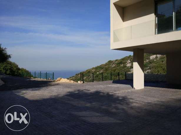Beautiful apartment with Big Garden in Batroun