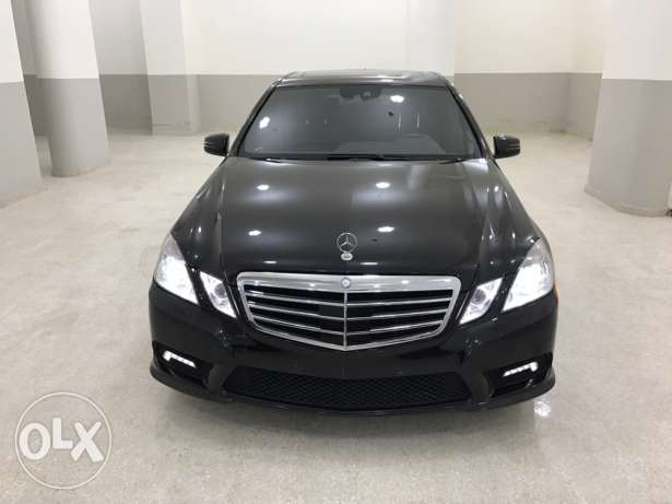 E 350 model 2010 black black super clean carfax