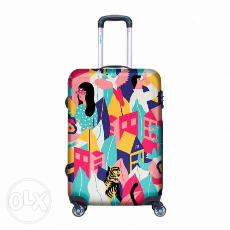 BG BERLIN LUGGAGE LOOKING AROUND | Travel Carry-on Luggage | Mosafer