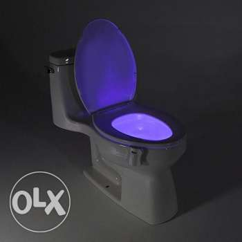 Toilet seat LED lamp motion activated (4 pics)