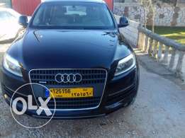 Audi q7 2008 v6 ajnabi 3.6 full options freshly arrived clean title