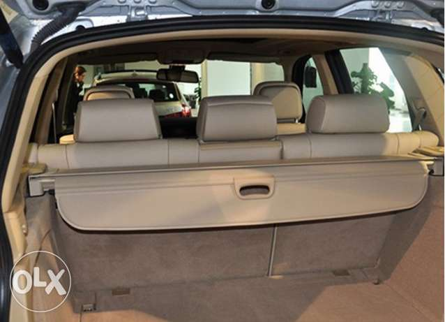 I need a Trunk cover for a BMW X5 2007